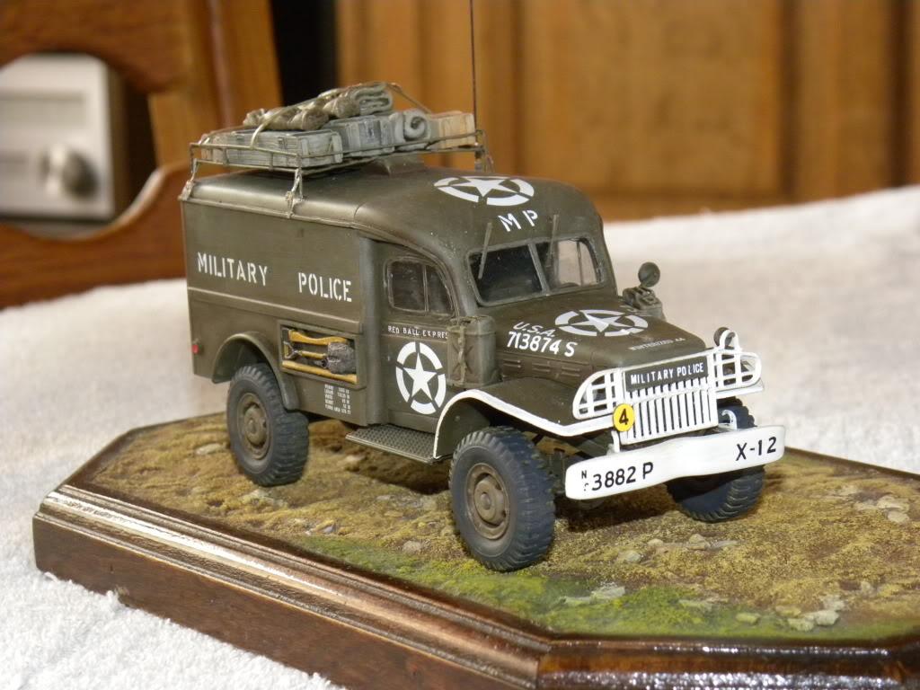 dodge wc 54  military police      italeri  1:35 suite et fin DSCN0652