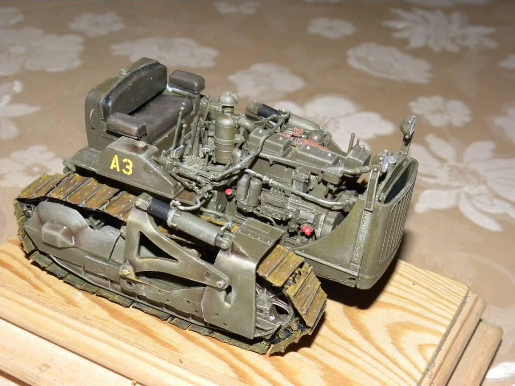 buldozer miniart 1:35 DSCN1406_zps911vt7qz