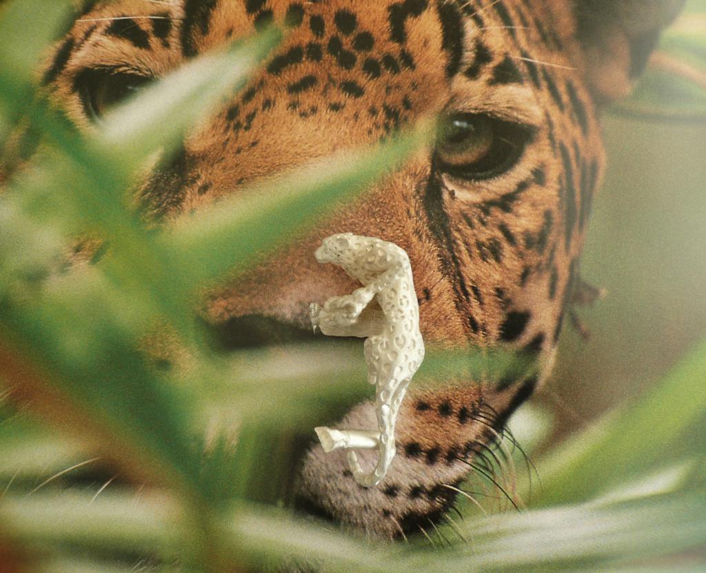 Faerybeads Leopard Pendant - sneak peek Luipaard_hanger_S_zpsjoncrvok
