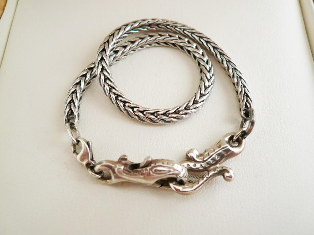 How to wear your greyhound lock... D49768da-1