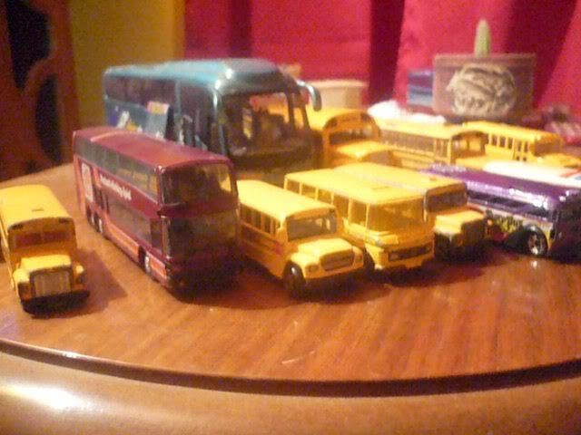 Mis Buses. 309357_2350960809030_1100400368_32944910_381093265_n