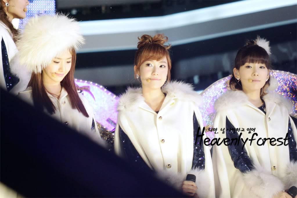 [EVENT] 101229 SBS Gayo Daejun Snowy Wish Taesic2912