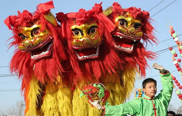Bí ẩn nguồn gốc của múa sư tử Trung Quốc 120202kpsutu02a