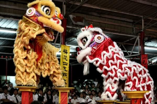 Bí ẩn nguồn gốc của múa sư tử Trung Quốc 78d120202kpsutu01