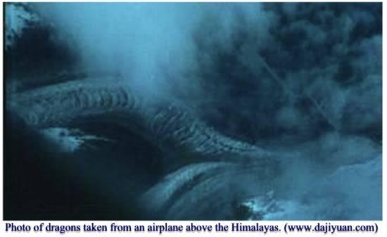 Năm 2012  - và những chuyện người xưa đã thấy rồng !!!!!!!!!!! KHÓ TIN WÁ Tibet-dragon2-1