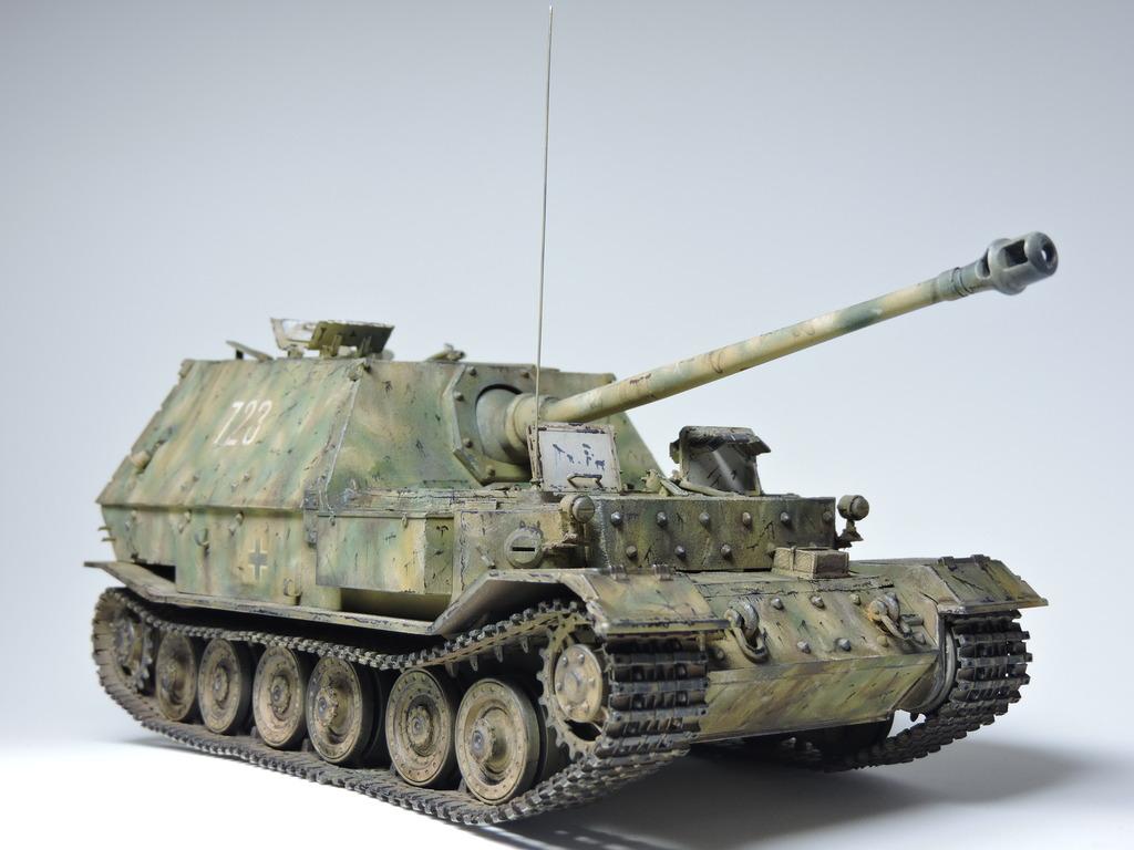 Ferdinand tank destroyer DSCN2014_zps6zbmnxop