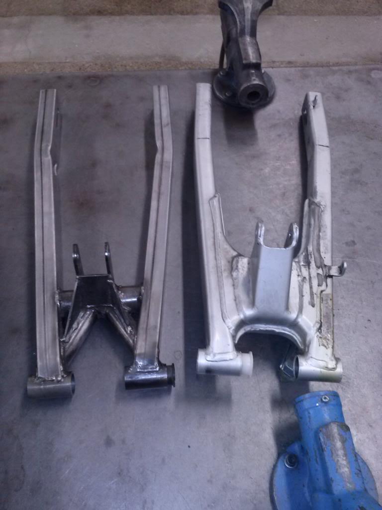 Basculante tubular para Honda NSR 75 CAM00037_zpsb3a39315