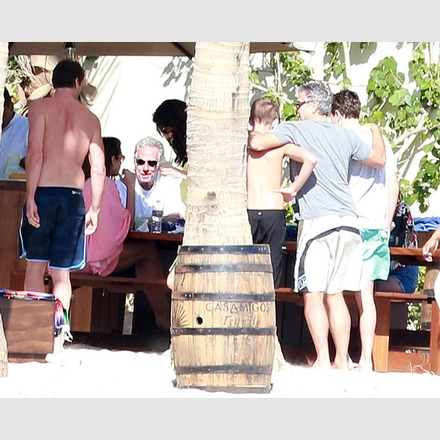 George Clooney & Amal Vacationing In Cabo With Cindy Crawford & Rande Gerber and the boys 22_zpsca371f5e