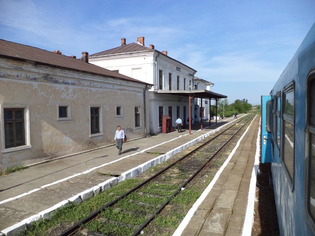 901 : Bucuresti Nord - Titu - Pitesti - Piatra Olt - Craiova - Pagina 5 DSC00389_zpsf0a72984