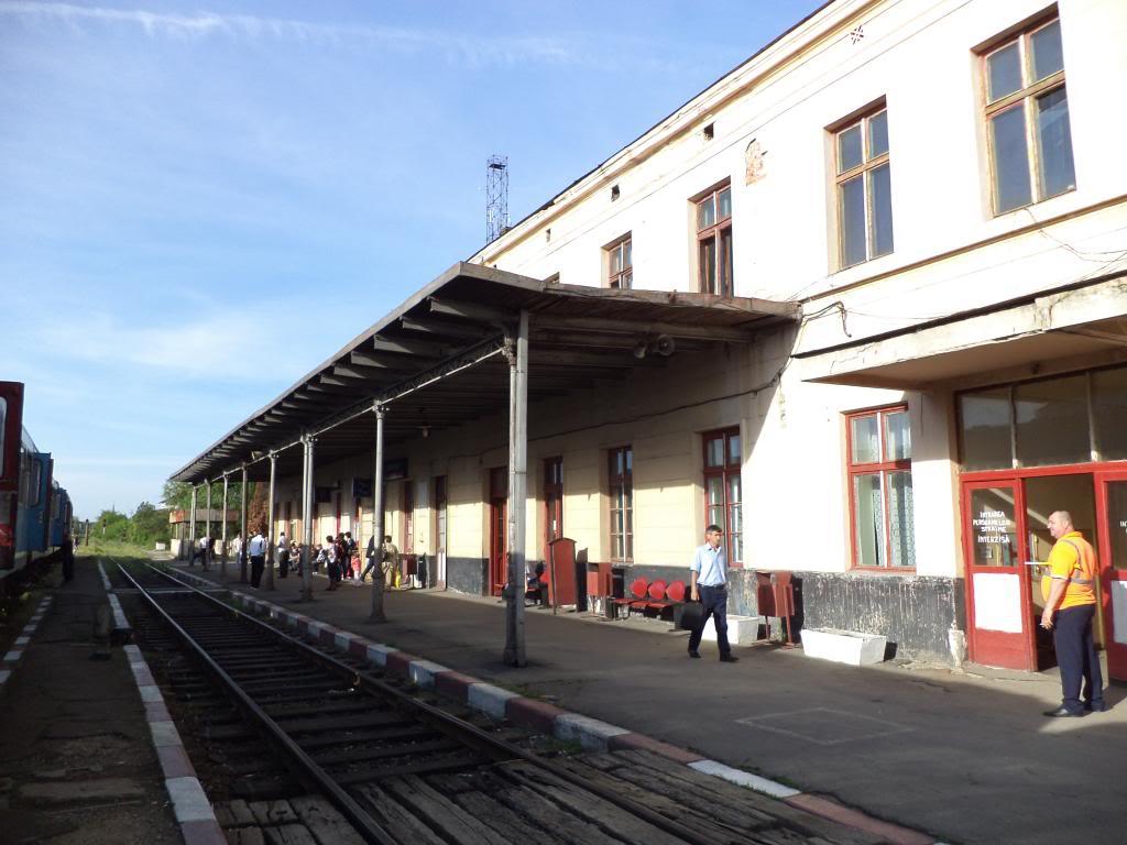 901 : Bucuresti Nord - Titu - Pitesti - Piatra Olt - Craiova - Pagina 5 DSC00405_zpsd65143e6