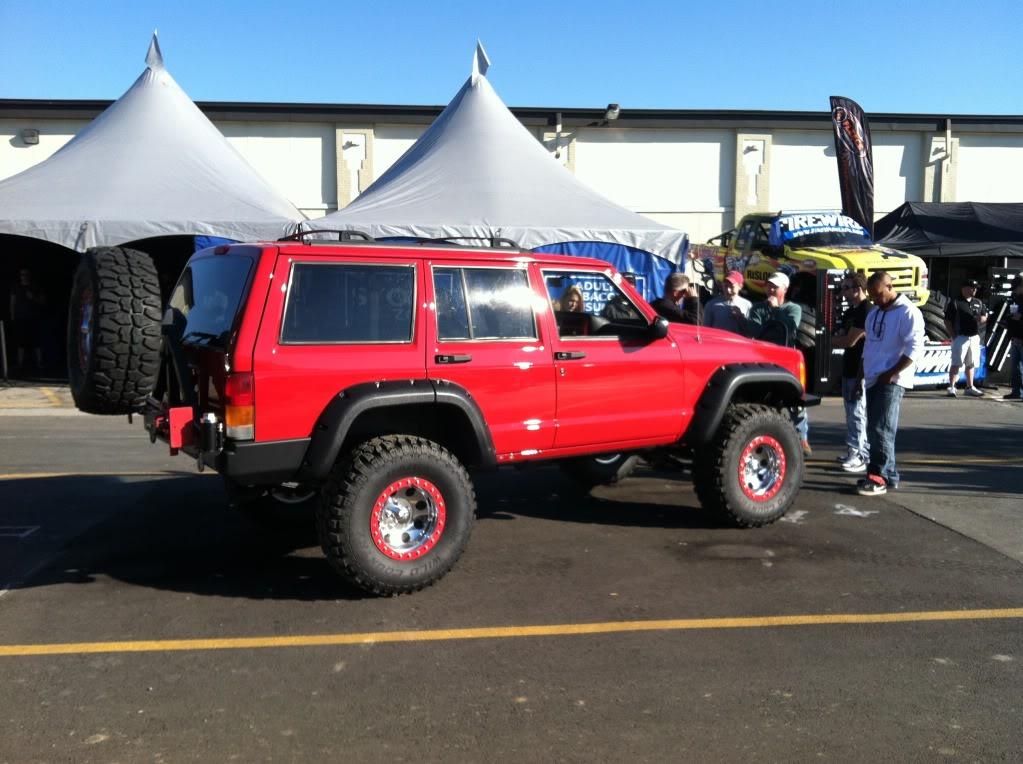 Indy 4x4 Jamboree pics A2750791-E0EA-4795-B51C-54AFDD28B8C4-28394-0000799377C4F1B9_zpse66ca4f9