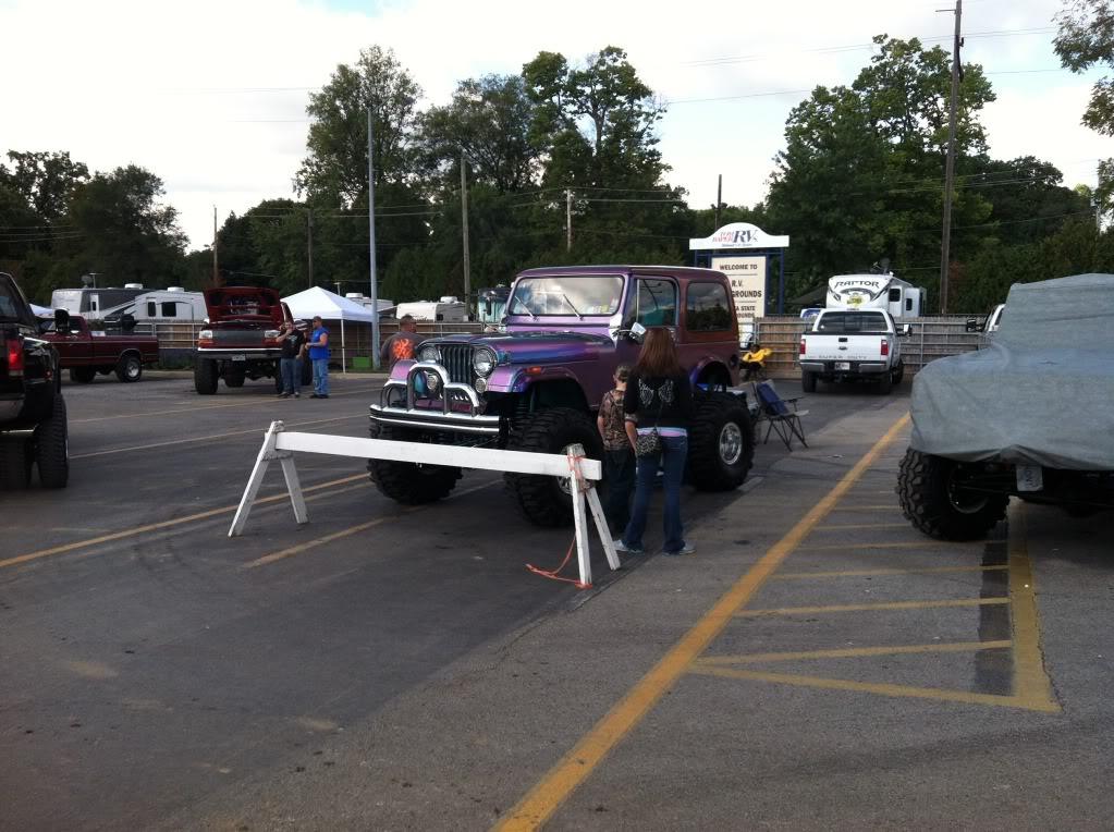 Indy 4x4 Jamboree pics B8DEB929-92FA-41A5-BD1D-B1BD8C74DE69-28394-00007994DEF14159_zps46cd6c19