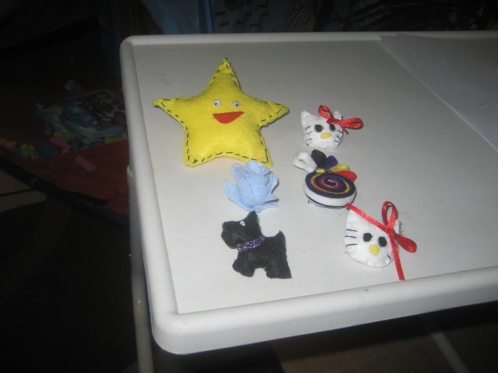 Diadema y broche que hice por fieltro Febrerode2012Noatiene2aos036