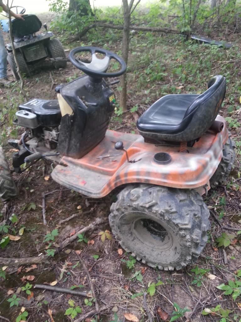 Sexiest Tractor Online  20130908_141043_zps87037c92