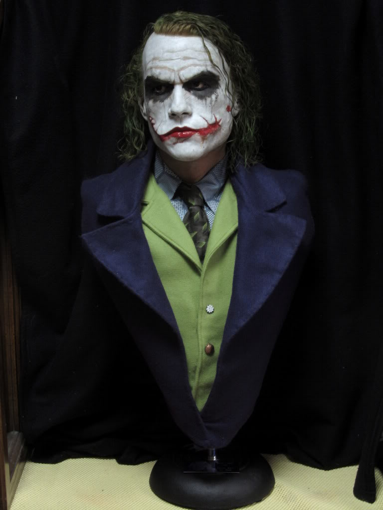 "The Joker ""The Dark Knight"" Life Size Bust par BobbyC IMG_2523"