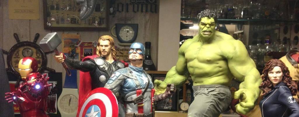 [Sideshow] Hulk Avengers Maquette Image-1