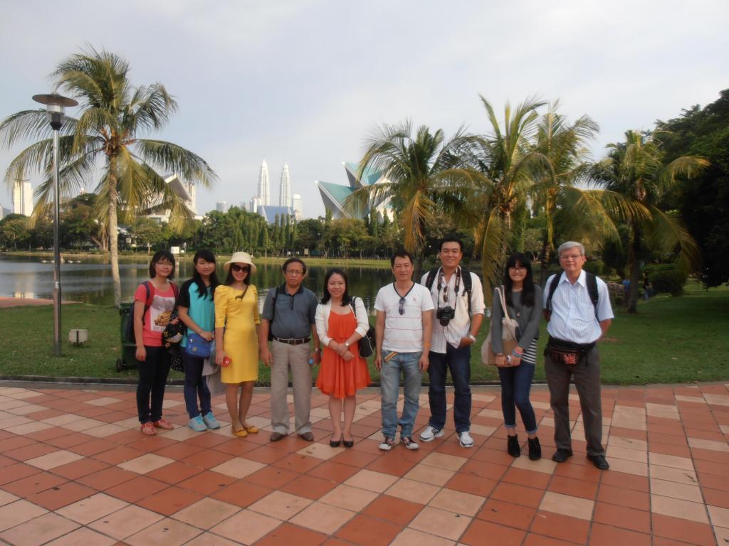 Cảm Nhận Của Học Sinh Về Chuyến Thăm Quan Trường TAR UC Tại Malaysia P7060013_zpsd65c13fa