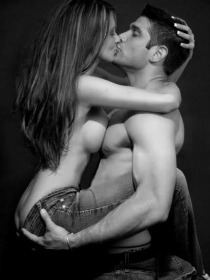 Poljubac  - Page 8 Sexy-kiss-1