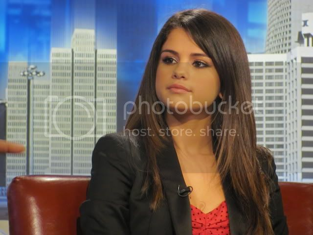 Selena Gomez - Page 5 005-3