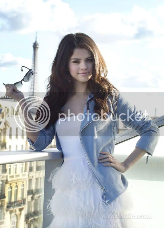 Selena Gomez - Page 6 280plag