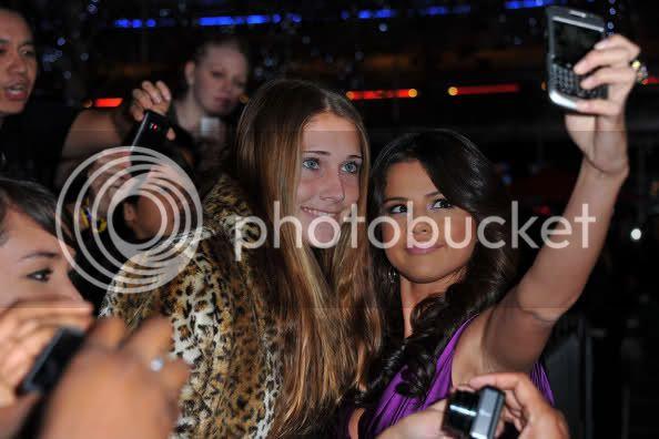 Selena Gomez - Page 6 29mw0vm
