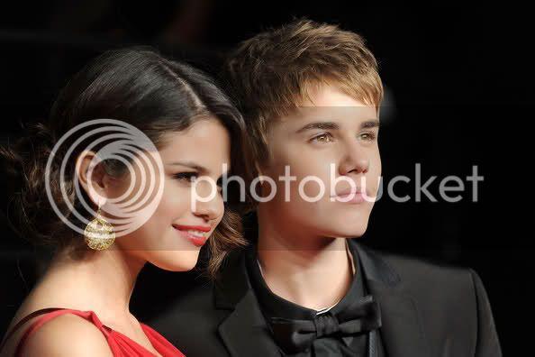 Selena Gomez - Page 5 2nusxhe