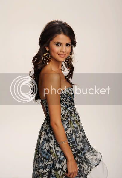 Selena Gomez - Page 5 2ze022a