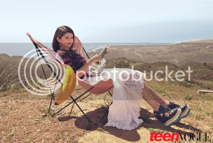 Selena Gomez - Page 5 4q0exe