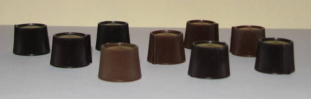 Small brown PAS-2 knobs have gotten even rarer PAS-2knobs