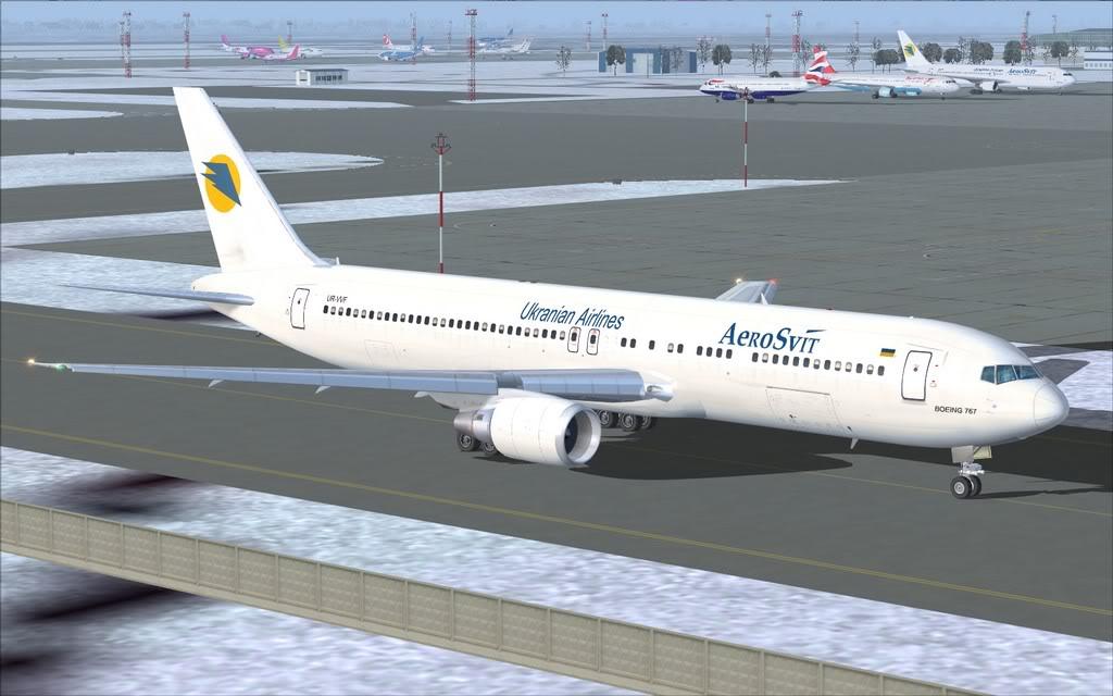 Boeing 767-300ER Aerosvit Shot0000
