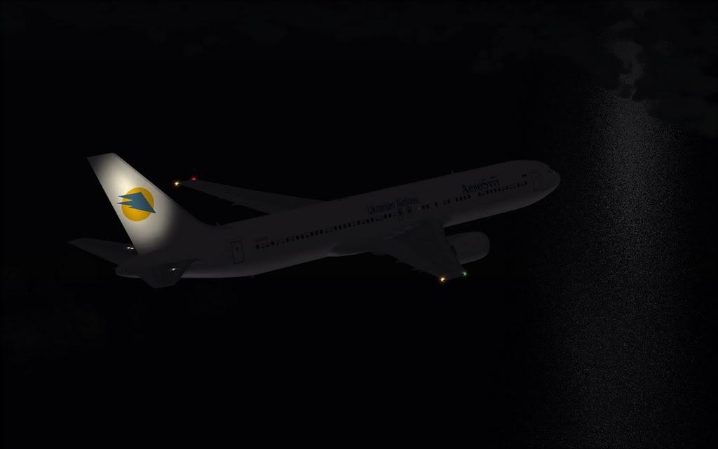 Boeing 767-300ER Aerosvit Shot0011