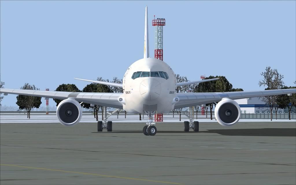 Boeing 767-300ER Aerosvit Shot0018