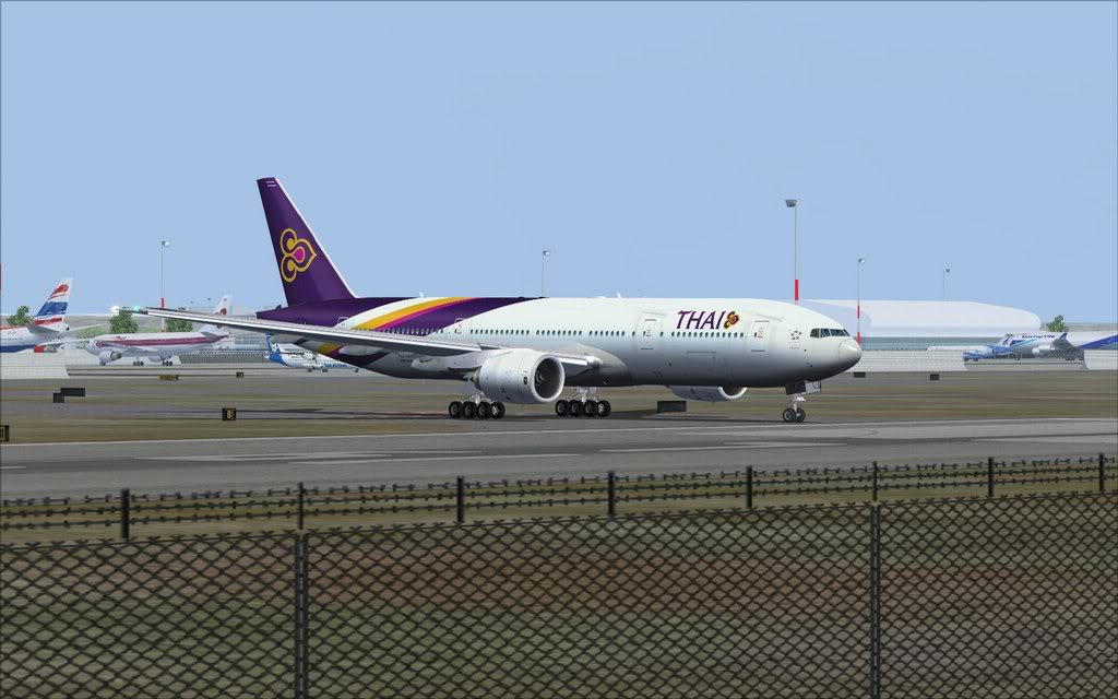 Boeing 777-200ER Thai Shot0022