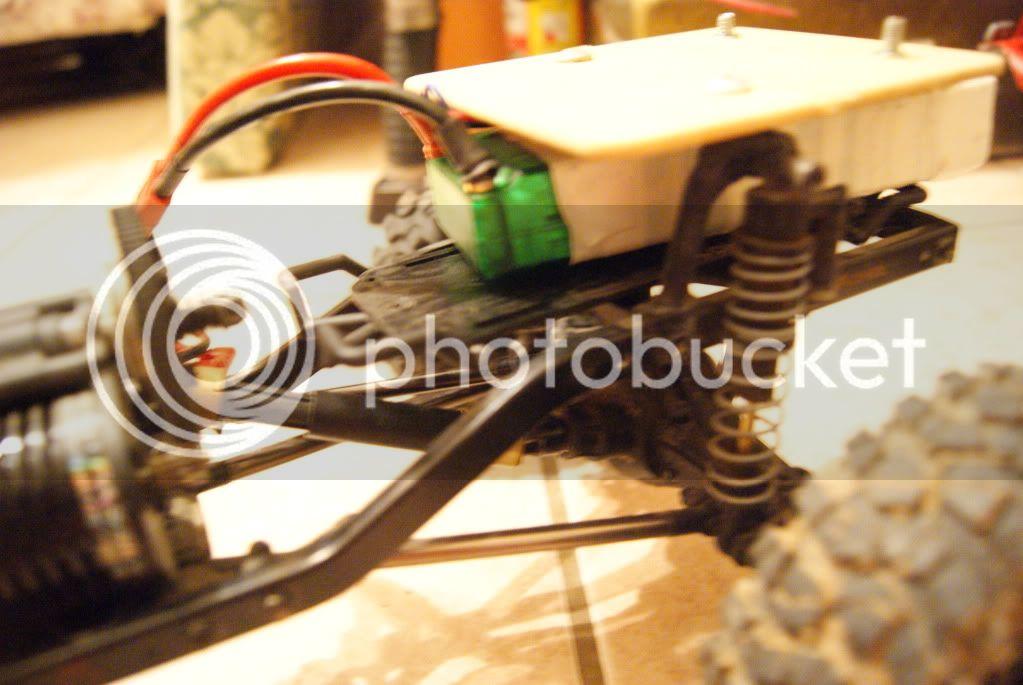 Revo's SCX10 DSC01392