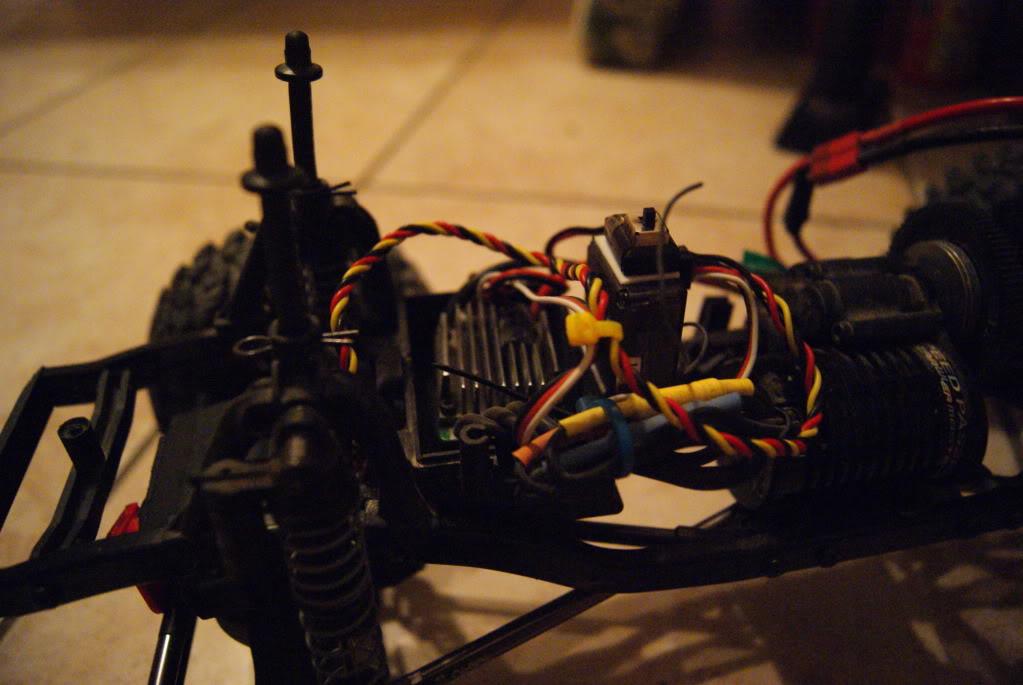 Revo's SCX10 DSC01395