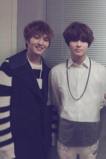 [INFO/291212] Onew y Taemin en el ranking de V-Channel Onte_zpsd0a3e112
