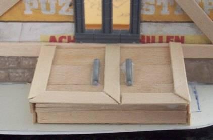 Making a square house for Porto Pulpo SquareHouse037_zps174bc7c7