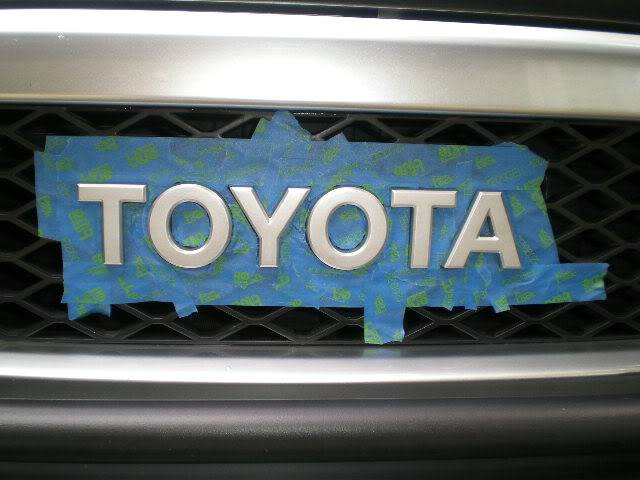 Red Toyota Emblem DSCN6219