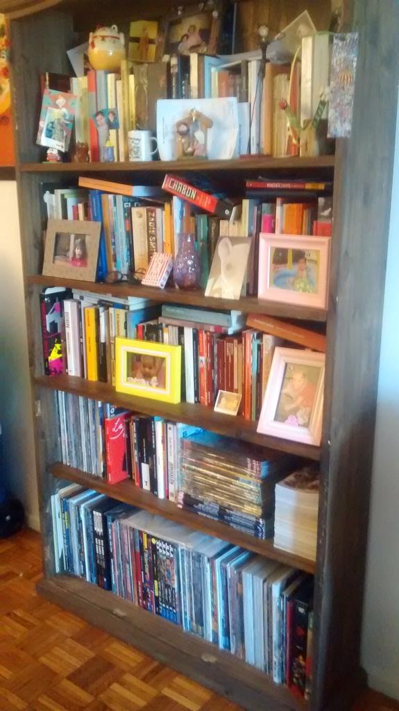 Bibliotecas Comiqueras IMG_20151116_183103724_zpsnhwnbxzz