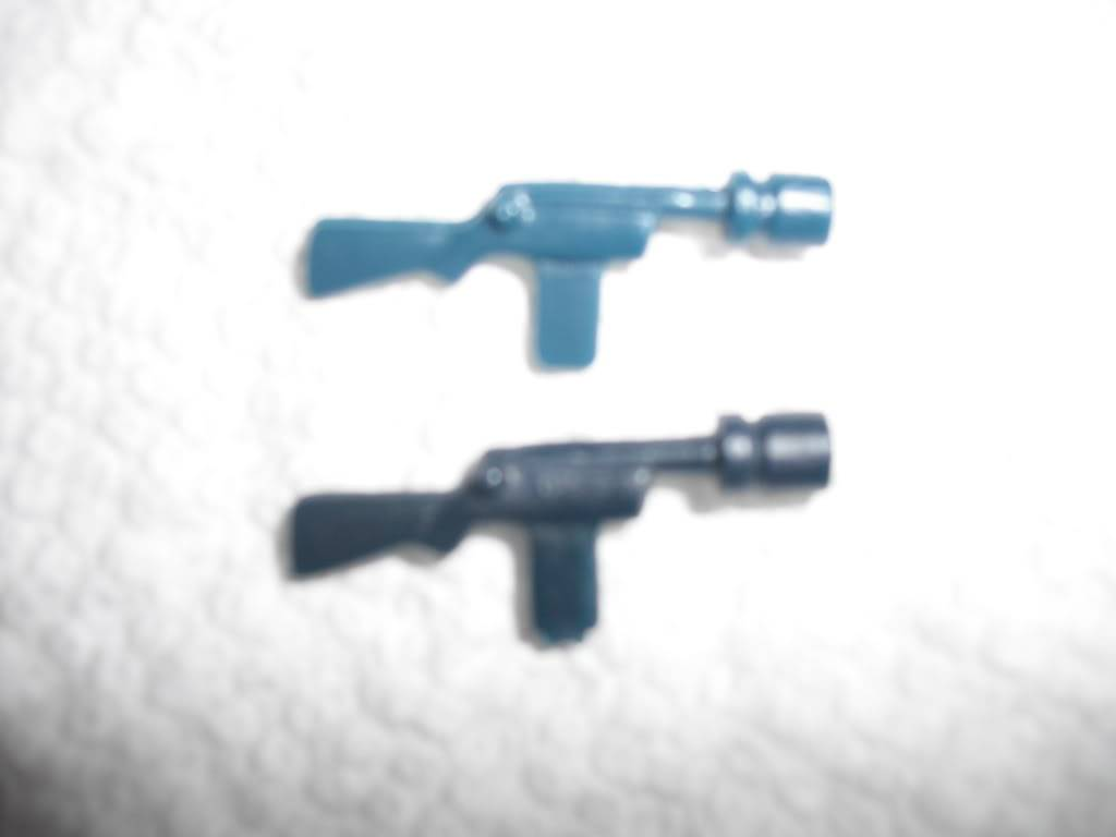 Jawa Blasters - Are these both fake? DSCF0188