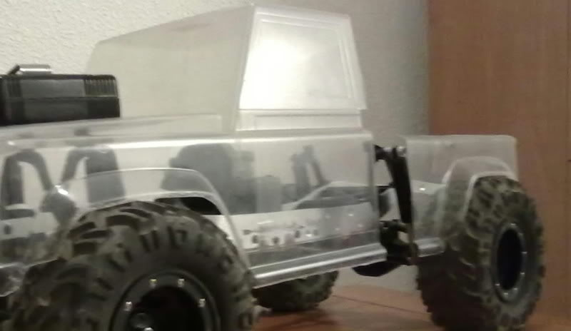 Land Rover Defender 130 ( Color-Risco ) 004-200520111322