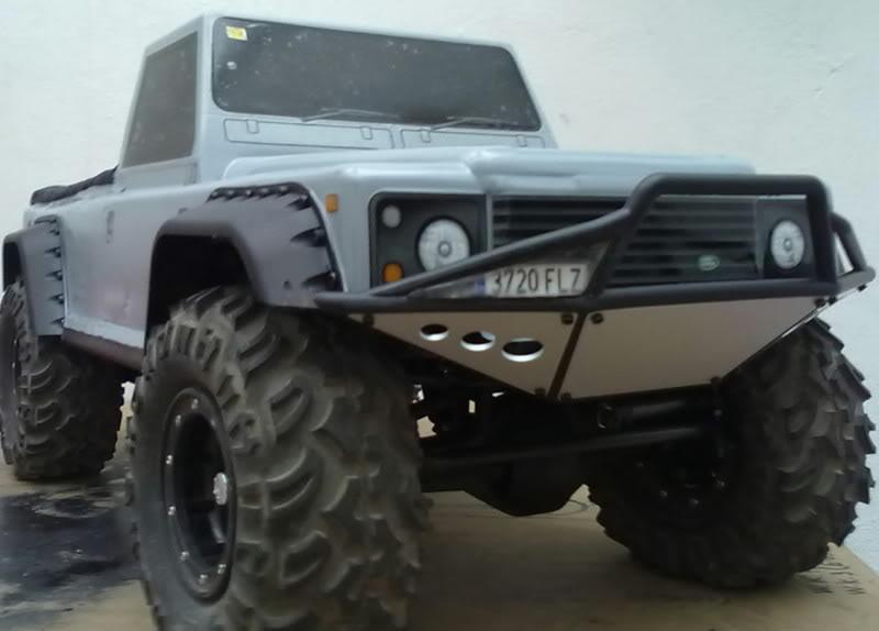 Land Rover Defender 130 ( Color-Risco ) 130620111447