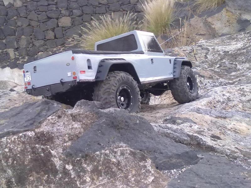 Land Rover Defender 130 ( Color-Risco ) 220620111471