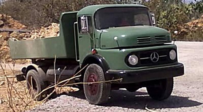 Mercedes Benz 1114 (P.Cano) - Página 3 16a_zpsef31cc39