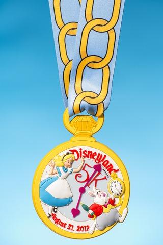[Course] Weekend semi-marathon de Disneyland Paris (23 au 25 septembre 2016) - Page 12 Disneyland5KMedallion1_zpswv2zbl5v