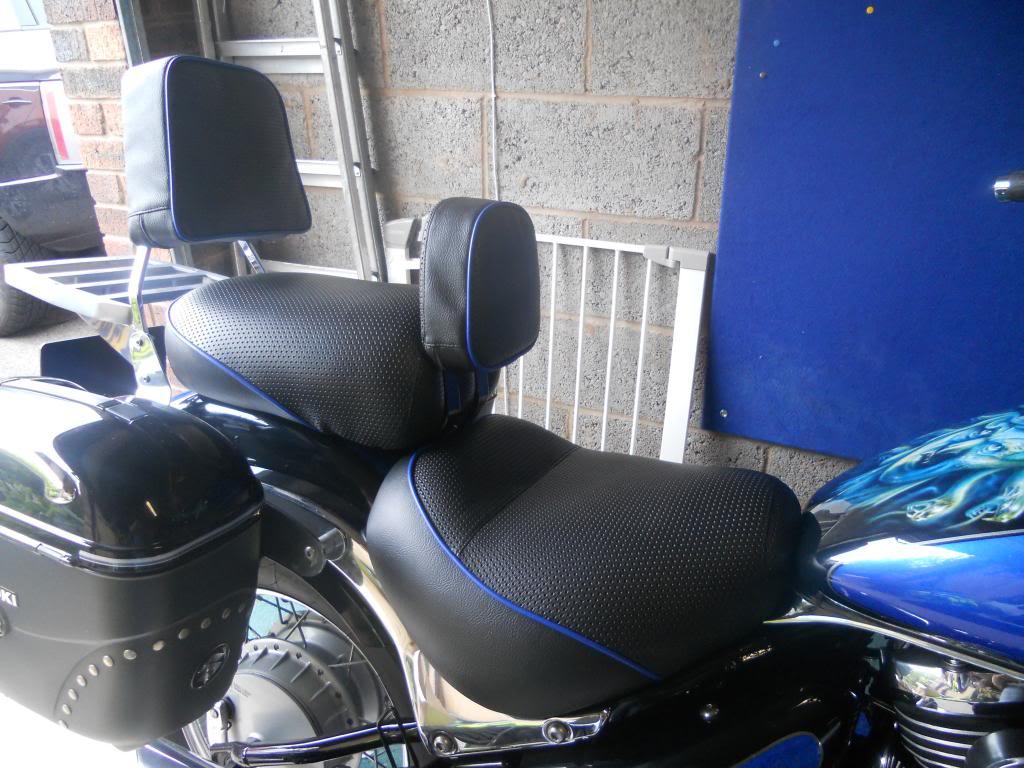Seat recovering - Suzuki VL800 K3 DSCN0707_zpsf0f21f25