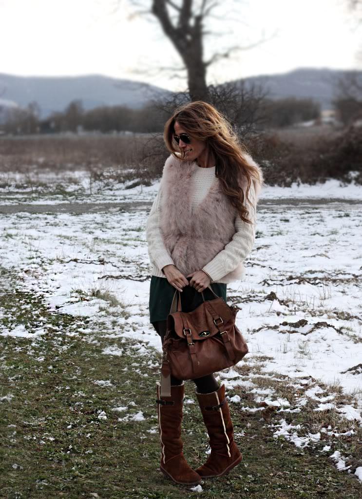 Looks diarios de bloggers y demás chicas que cuelgan en internet. - Página 5 Rebel_03_02_2012011_b2