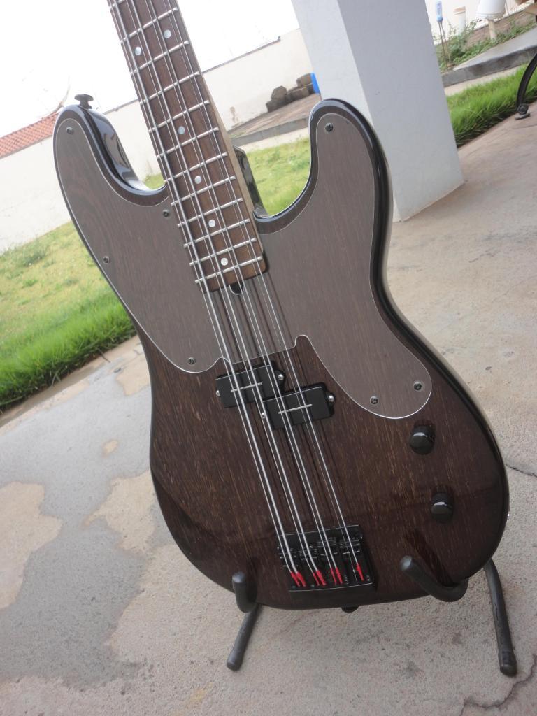 MJ Luthier - P-Bass 8 String MJ-Luthier-P-Bass-8-String01_zpsed02b766