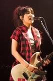 SCANDAL Muse Hall 2007 live Th_ShirotenMAMI-05
