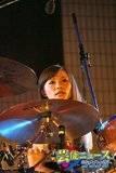 Yoyogi Park free live (09.27.2012) Th_scandal_rina07